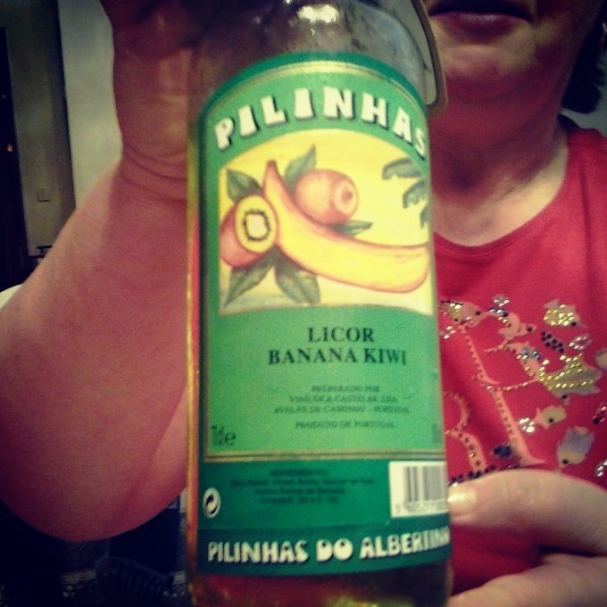 Pilinhas, licor banana kiwi