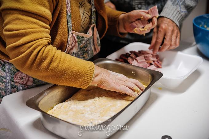 making bola de carne (Portuguese meat cake) (3)
