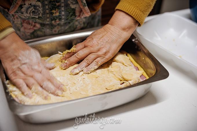 making bola de carne (Portuguese meat cake) (7)