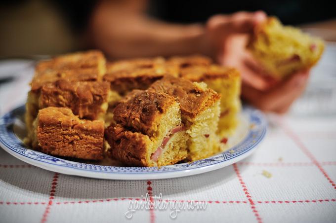 making bola de carne (Portuguese meat cake) (11)