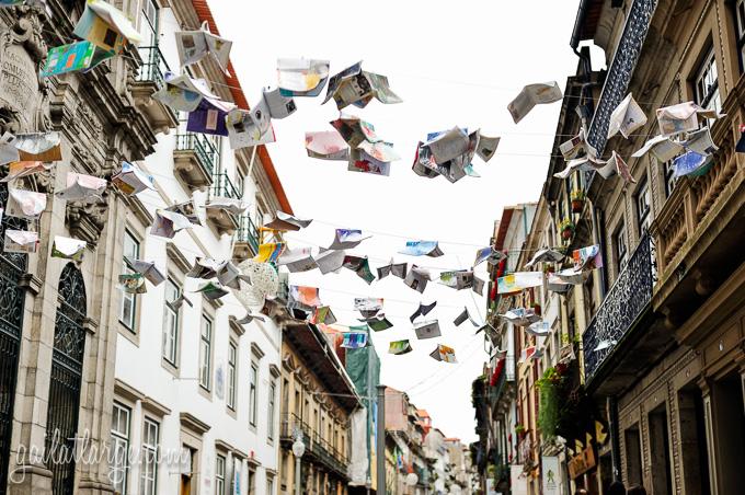 Flying Books Over Rua Das Flores, Porto (4)