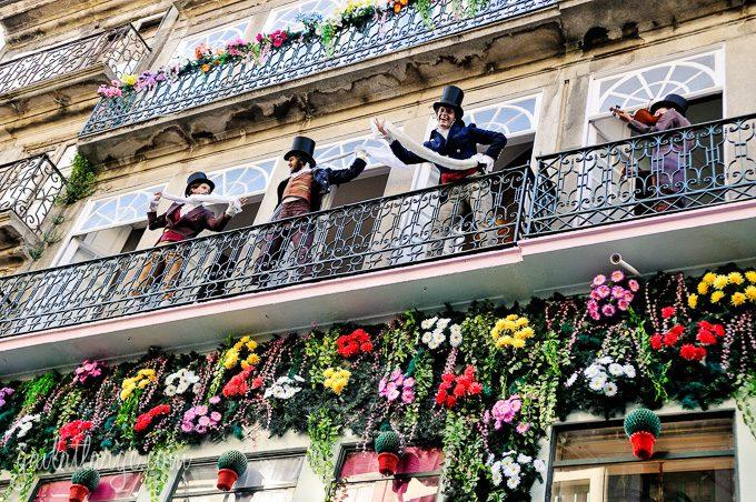 Porto, Granito e Sonho: Street Theatre On Rua Das Flores (2)