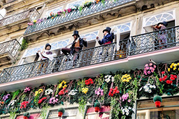 Porto, Granito e Sonho: Street Theatre On Rua Das Flores (3)