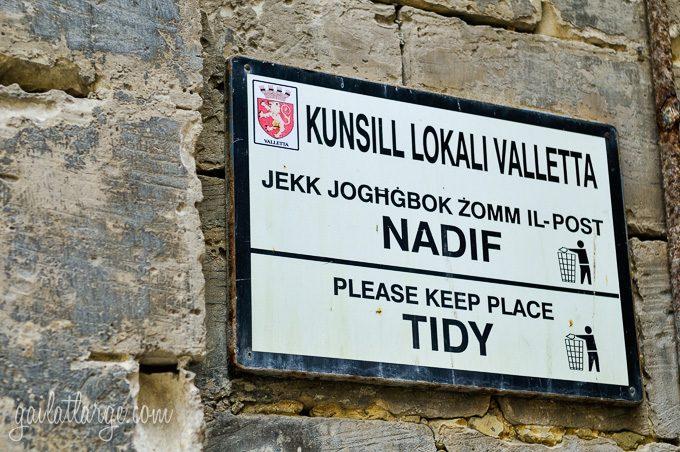 signage in Malta (1)